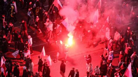 Марша на независимостта на крайнодесни поляци във Варшава