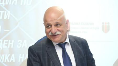 Николай Проданов