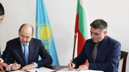 Подписаният договор е изготвен в съответствие с установените международни стандарти за трансфер на осъдени лица и при отчитане на особеностите на националните правни системи на България и Казахстан