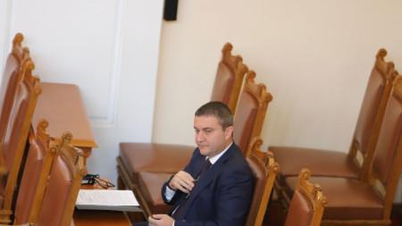 Финансовият министър Владислав Горанов в Народното събрание - 29 май 2020 г.