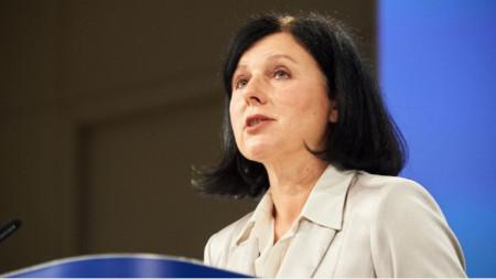 Вера Јурова