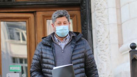 Христо Иванов внесе в СГП искане прокуратурата да оповести всички материали от досъдебно производство за снимките и видеозаписите от жилището на министър-председателя.
