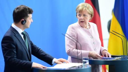 Ангела Меркел  и Володимир Зеленски в Берлин.