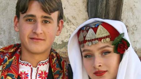 Роман и Аника Романови