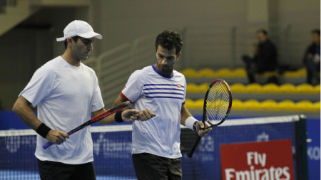 Ройер и Текъу ще играят отново в София.