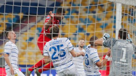 Динамо (К) победи с 2:0 Алкмаар