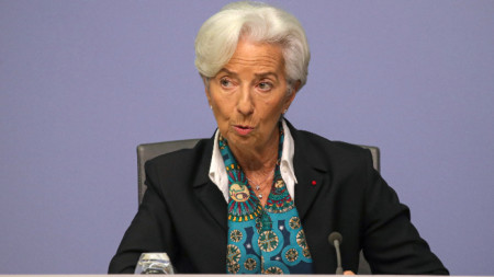 Първа пресконференция на Кристин Лагард след края на заседанието на ЕЦБ