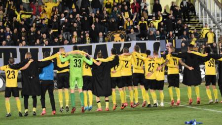 Ботев (Пловдив) очаква верните си фенове