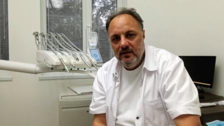 Д-р Анатолий Кънев