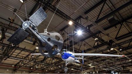 """Прототип на аеродинамично управлявана """"кошница"""" за улавяне на ракетен ускорител"""