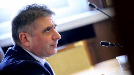 Днес се проведе заседание на парламентарната комисия по правни въпроси и блиц-контрол на министъра на правосъдието Данаил Кирилов.