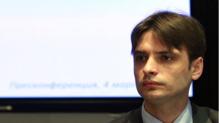 Станислав Попдончев
