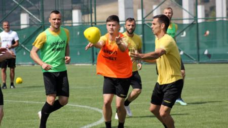 Футболистите на Ботев продържават подготовката си в Турция