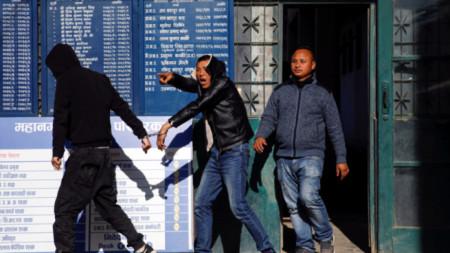 Задържаните китайци бяха заподозрени в източване на банкомати.