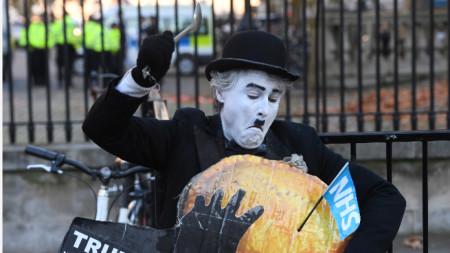 Американският президент беше посрещнат с протести в Лондон