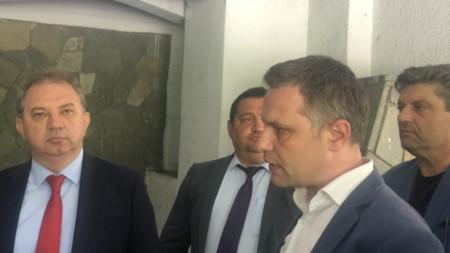 Борис Ячев и Александър Сиди сред съпартийци