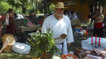 Войнска кухня, отбрани аристократични блюда и целебни храни показват на фестивала.