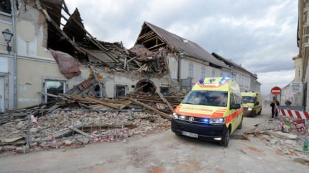 При земетресение в края на декември в района на Петриня загинаха седем души