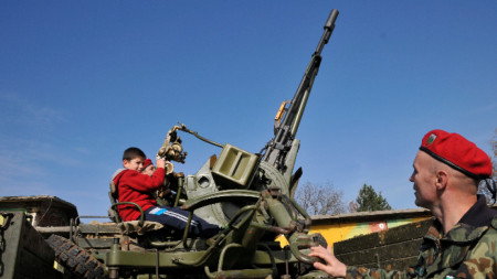 Ден на отворените врати във военното формирование 52 740 на Кенана в Хасково