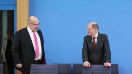 Петер Алтмайер и Олаф Шолц