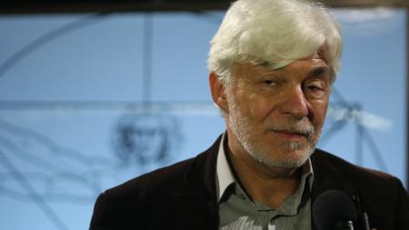 Професор Леандър Литов - ръководител на българския екип към Европейския център за ядрени изследвания (CERN).