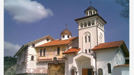 "Клисурският манастир ""Света Петка"""