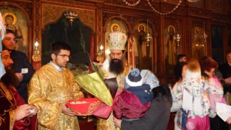Първата служба на митрополит Даниил в катедралния храм във Видин