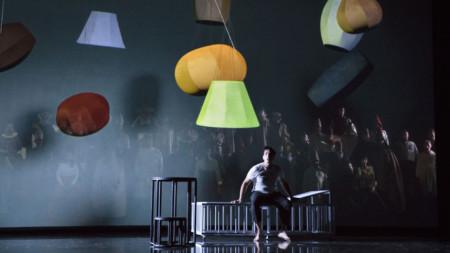 """Сцена от операта """"Дон Карлос"""" на Верди, постановката на Фламандската опера"""
