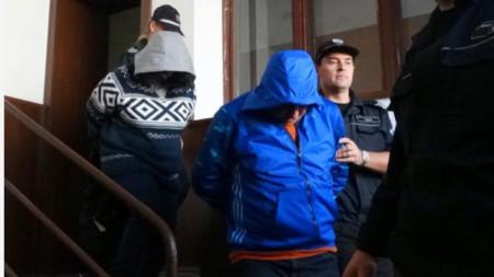 Семейство Ивона и Георги Близнакови са обвиняеми по делото за фалита на Дупнишката популярна каса. Преди повече от година съпругът се самоуби, делото се води срещу фараонката Ивона Близнакова.