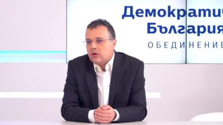 Стоян Михалев, водач на листата на Демократична България за Трети МИР-Варна
