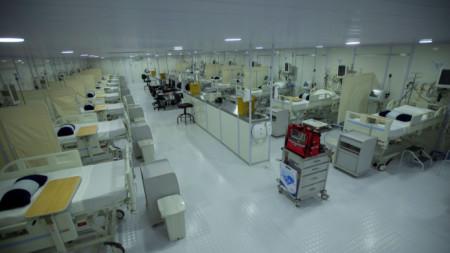 Нова полева болница в столицата на Бразилия, която е третата най-засегната страна в света от Covid-19 след САЩ и Индия.
