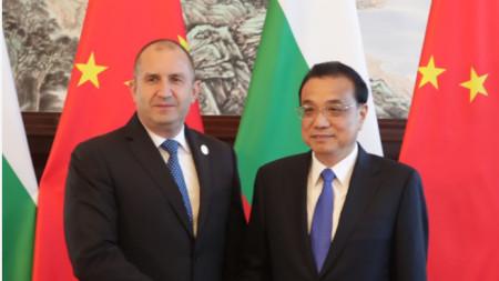 Президентът Румен Радев представи пред премиера на Китай Ли Къцян насоки на развитие на българо-китайските отношения в девет области