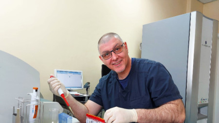 Д-р Александър Колевски, началник на Централната лаборатория по микробиология в Александровска болница