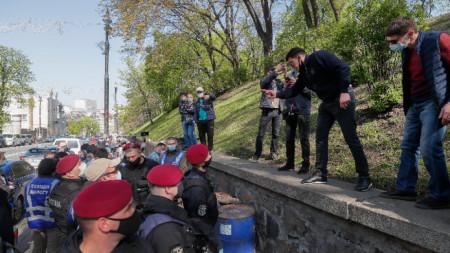 Проучване показа, че 8% от украинците са изгубили работата си по време на карантината.