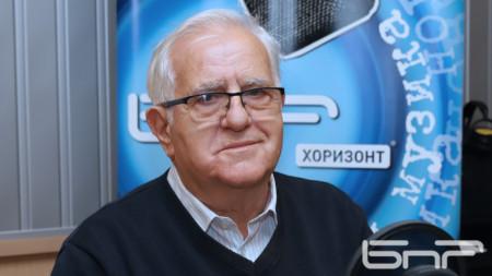 академик Луан Старов