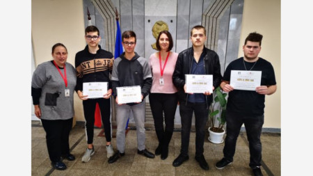 Първо място в Регионалното състезание по приложна електроника