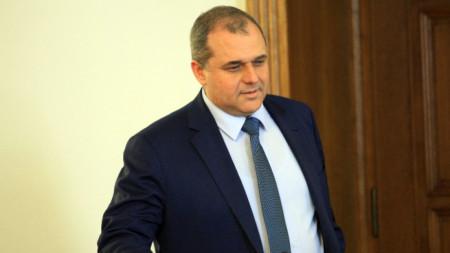 Искрен Веселинов