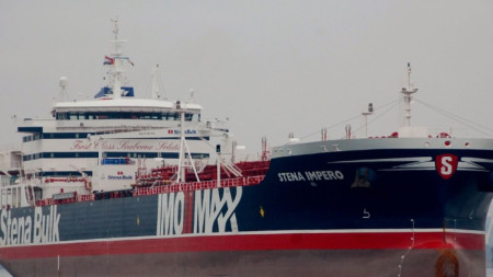 """Задържаният от Иран кораб""""Стена Имперо"""""""