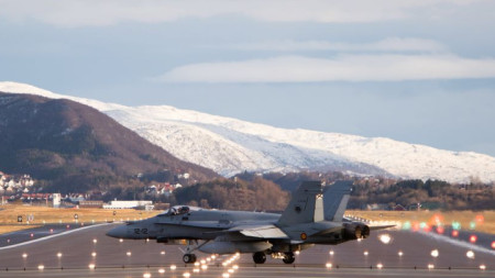 """Заглушаването съвпаднало с учението """"Трайдънт джънкчър 18"""" на НАТО от 25 октомври до 7 ноември."""