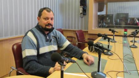 "Доц. д-р Христо Попов в студиото на програма ""Христо Ботев"""