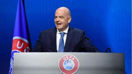 Инфантино говори пред конгреса на УЕФА.