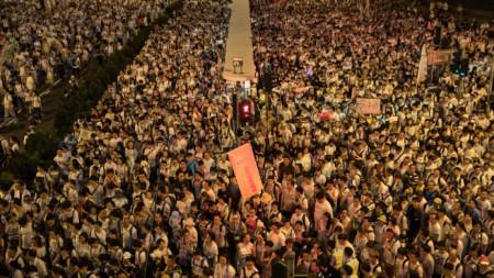 Масов протест в Хонконг