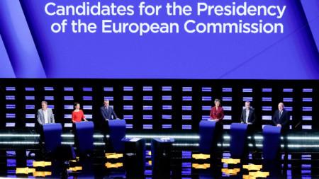 Ян Захрадил (Европейски консерватори и реформисти), Нико Куе (Европейска левица), Ска Келер (Европейска зелена партия), Маргрете Вестегер (Алианс на либералите и демократите за Европа), Франс Тимерманс (Партия на европейските социалисти) и Манфред Вебер (Европейска народна партия) по време на предизборния дебат в Брюксел.