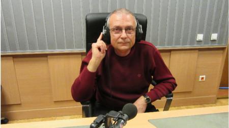 """Доц. д-р Атанас Шопов в студиото на програма """"Христо Ботев"""""""