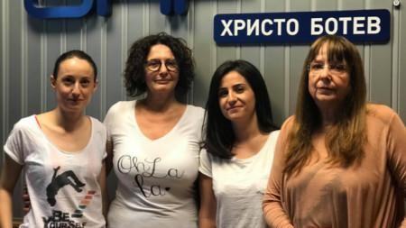 Николета Габровска, Михайлина Павлова, Лилия Драгоева и Юлиана Методиева (отляво надясно)
