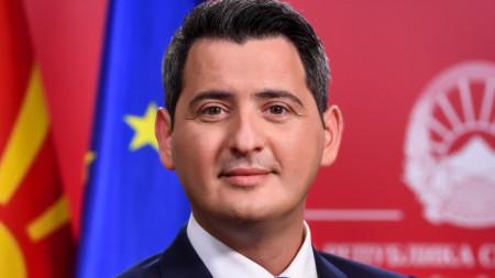 Македонският министър на околната среда Насер Нуредини.