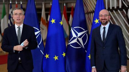 Генералният секретар на НАТО Йенс Столтенберг и председателят на Европейския съвет Шарл Мишел в Брюксел, 19 януари 2021 г.