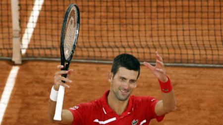 Новак Джокович е на четвъртфинал в Париж.