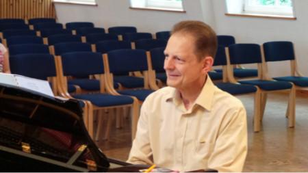Професор Томислав Байнов
