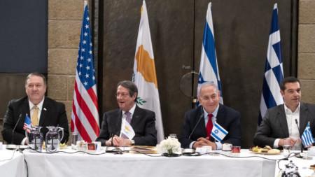 Майк Помпейо, Никос Анастасиадис, Бенямин Нетаняху, Алексис Ципрас (от ляво на дясно) на срещата им в Ерусалим.